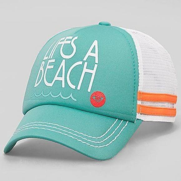 45e1f73f1b9307 Roxy Life's a Beach Hat. M_5c5901dbc9bf50cb6bc6573e